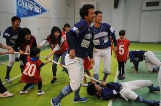 独立リーグ日本一徳島インディゴがファンと交流 徳島市で感謝祭