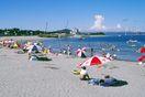 最盛期一夏に10万人  鳴門海水浴場