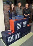 阿波藍発酵時の「藍の華」で塗装 徳島県産スギ家具、…