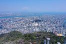 助任川に囲まれた通称「ひょうたん島」眉山山頂(徳島…