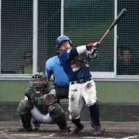 徳島6回、2死一塁から垂井のツーランで5-3と勝ち越す=香川県観音寺市総合運動公園野球場