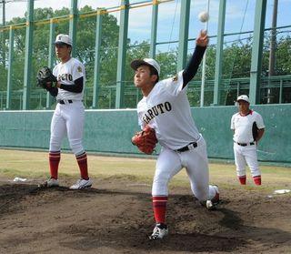 鳴門投手陣、仙台育英戦へ照準 全国高校野球