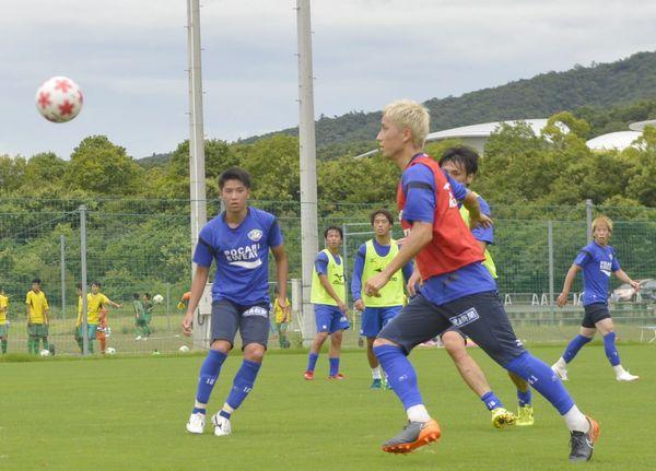 天皇杯3回戦の鳥栖戦に備える徳島イレブン=徳島スポーツビレッジ