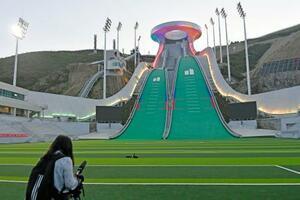 北京冬季五輪のノルディックスキー・ジャンプ会場=7月、中国河北省張家口(共同)