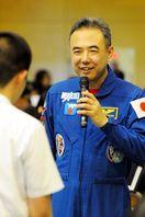 宇宙飛行士古川さん、徳島・富田中で講演 訓練やIS…
