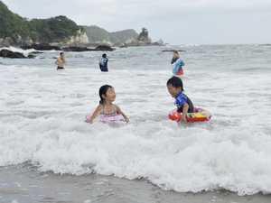 海水浴場の開設中止が決まった美波町の田井ノ浜海水浴場