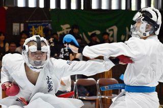 空手道は小松島西が男女制す 第58回徳島県高校総体・第3日