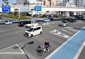 昨年、県内の交差点で人身事故が最も多かった元町交差点=徳島市元町2