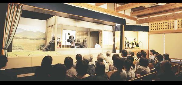 徳島市の観光PR動画の一場面。再生回数は順調に伸びている