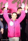 徳島市長選 内藤さんが初当選決める