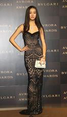 Koki,&森星ら、黒ドレス姿で輝く女性像語る 意…