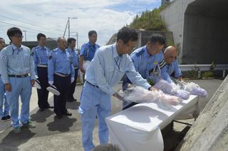 徳島道バス事故1年 森下汐音さん母「気持ち整理できず」