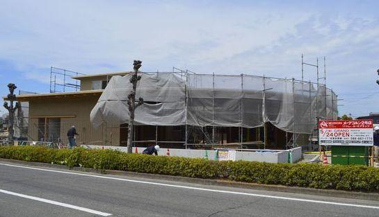 写真を拡大 5月24日にオープン予定の「MEHR KORN RUHE PLATZ」=徳島市南庄町5