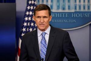 2017年2月、ホワイトハウスで記者会見に臨むフリン被告。当時は国家安全保障問題担当の補佐官=ワシントン(ロイター=共同)