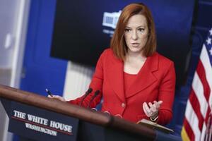 ホワイトハウスで記者会見するサキ米大統領報道官=12日(UPI=共同)