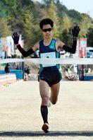 海部川風流マラソン 男子は和田、女子は加藤V 17…