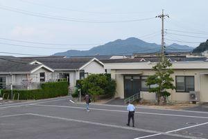 島外移転が検討されている大島青松園=高松市庵治町