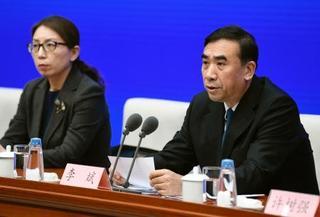 中国、新型肺炎の死者9人