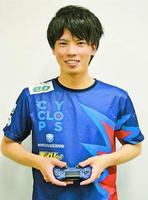 プロチームに入り「国体で優勝を」と意気込むあると選手=徳島新聞社