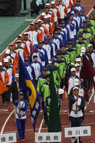 団体競技の不振響く 育成・強化見直し必要徳島県天皇杯最下位 茨城国体を総括