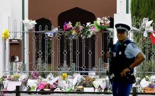 NZ全土で犠牲者追悼