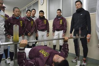 はつらつ富岡西2019選抜高校野球 筋力・瞬発力、鍛え方学ぶ