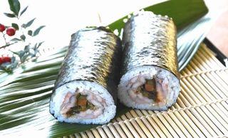 特産アメゴで恵方巻き ユズ風味、さっぱり 徳島・那賀のもみじ川温泉