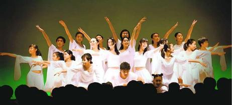 徳島市のミュージカルスクール「WITH」お披露目公演 迫力の演技をウィーンでも