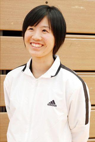 全日本バレーボール高校選手権県予選で優勝した富岡東高女子監督 伊勢彩可(いせあやか)さん