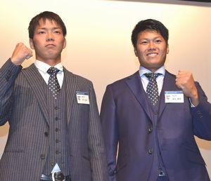 飛躍を誓った徳島の福永(右)と木下=高松市のホテル