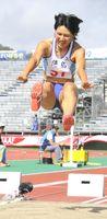 少年女子A走り幅跳びで2位に入った徳島・つるぎ高の木村=9・98スタジアム