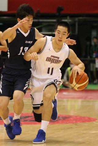 福岡大大濠・西田(海陽中出身)軽快な動き 全国高校バスケ