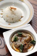 ココナッツカレーなどインドネシア料理を国有形登録文…
