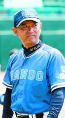 こども野球のつどいで初優勝した板東監督 野中直樹さん