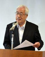 北朝鮮の拉致問題について話す佐伯さん=阿南市羽ノ浦町の市情報文化センター