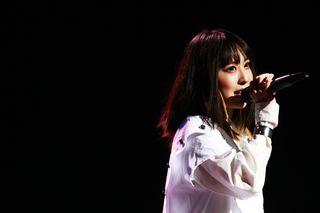 「ファンへの恩返しに全国ツアーしたい」 綾野ましろさんがマチ★アソビでライブ 10月でデビュー5周年「とても充実していた」