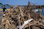 西日本豪雨 鳴門・播磨灘に大量流木