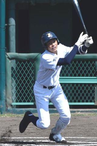 城東 一回猛攻5得点 県高校野球秋季大会第5日