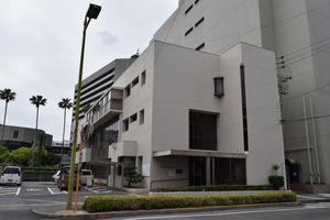 新ホール建設のため、解体される徳島市社会福祉センター=徳島市徳島町城内