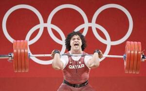 男子96キロ級 ジャークで225キロに成功し優勝したカタールのエルバフ