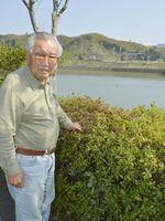 昭和南海地震の被災体験を語り伝えている豊田さん=阿南市福井町湊