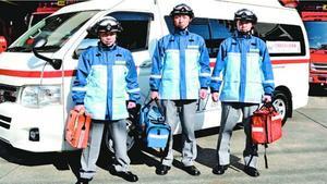 徳島市東消防署に配置される日勤救急隊の隊員3人=同署