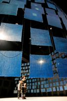 スミソニアン・アメリカ美術館に展示される予定だった「藍のけしき」=県立21世紀館、2018年1月