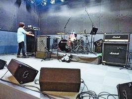ロックフェスの会場となるスタジオ=徳島市の四国大芸術館