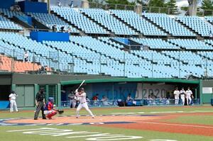 無観客で開催された、野球開幕の日本―ドミニカ共和国戦=福島県営あづま球場