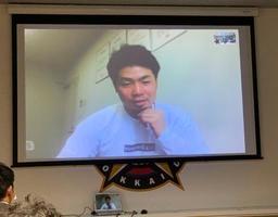 オンラインでの取材に応じる日本ハム・近藤=2日、札幌市の球団事務所