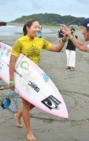 女子18歳以下の部で準々決勝に進んだ川合=宮崎県日向市