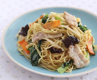 【お薦めレシピ】豚と小松菜の中華焼きそば