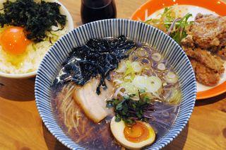 徳島産食材で唯一無二の〝優しい〟ラーメン Pure soup ramen しずく(徳島県徳島市富田橋1丁目102番)【お店ファイル】