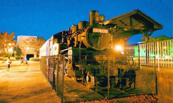 かつての小松島駅跡に作られた小松島ステーションパーク=小松島市小松島町